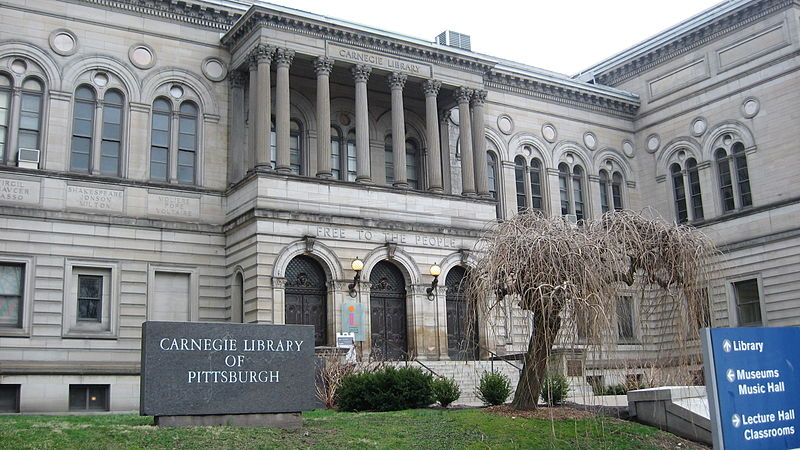 800px-CarnegieLibraryPittsburghFrontEntrance
